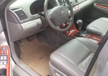 Clean Toyota Camry 2.2 13