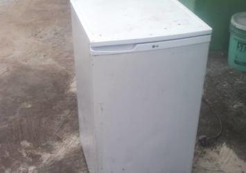 Working used LG fridge for sale 11