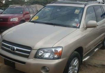 Clean Tokumbor Toyota Highlander 2005 Model 6