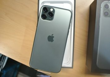 UNLOCKED Apple iPhone 11 Pro Max SILVER 512GB New 12
