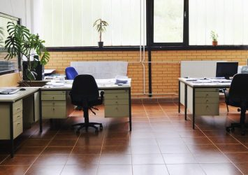 Looking for the Best Commercial Cleaning in Mississauga? Get in Touch 8